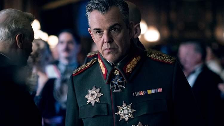 Danny Huston como General Ludendorff