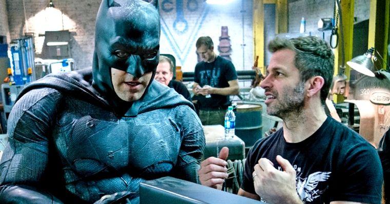 Zack Snyder fala sobre filme solo do Batman e rivalidade entre ...